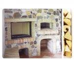 Rivestimento in sassi e tavelline. Castelnuovo (PN)